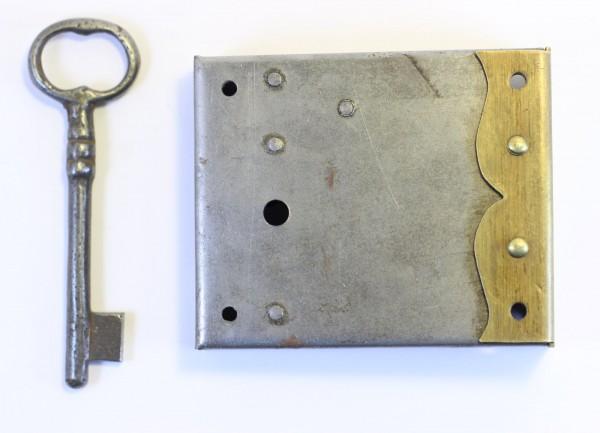 Großes Kastenschloß Ms- Zierstulpe, Dornmaß 20-120mm, Art. 5016